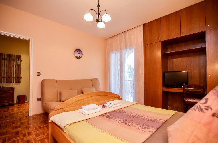 room 5-3
